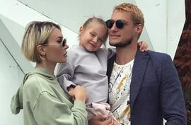 Элина Камирен и Александр Задойнов делят дочь в суде