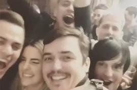 Евгений Кузин устроил вечеринку с участниками Дома 2, забыв пригласить жену
