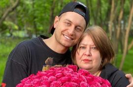 Мама Давида Манукяна публично оскорбила Ольгу Бузову